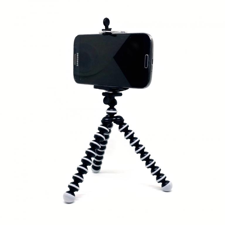 tripod-handphone-use